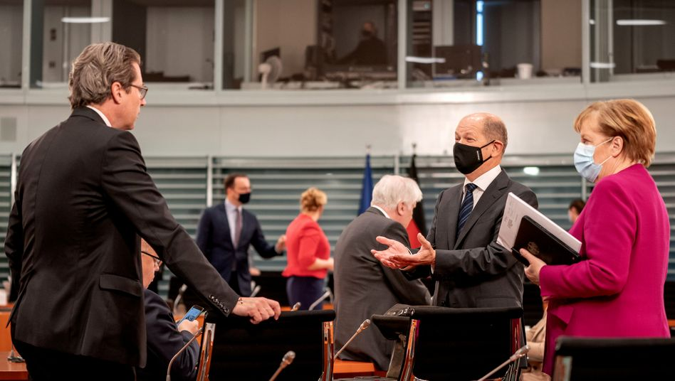 Verkehrsminister Andreas Scheuer, Finanzminister Olaf Scholz und Bundeskanzlerin Angela Merkel