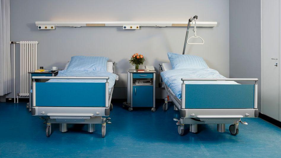 Bei der Zufriedenheit mit der Gesundheitsversorgung klafft bis heute eine spürbare Lücke zwischen Ost- und Westdeutschland (Symbolbild)