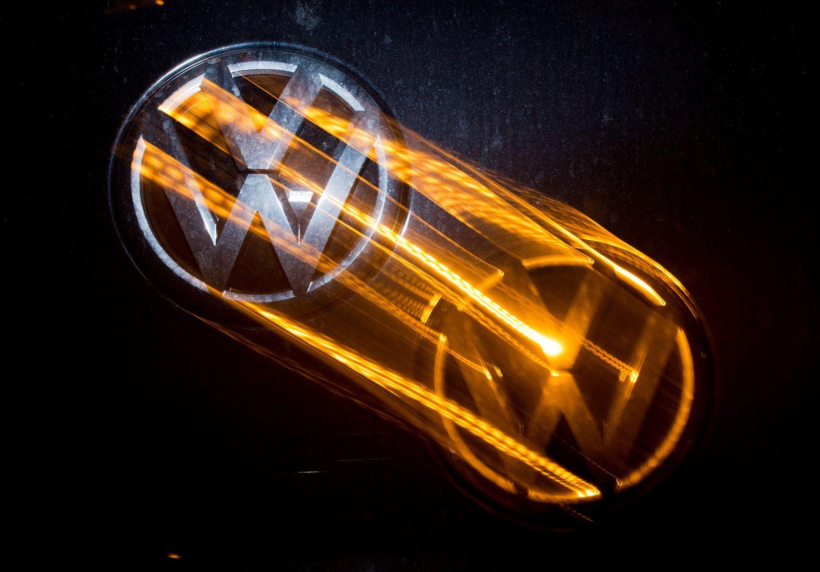 Volkswagen Werk Wolfsburg / Logo