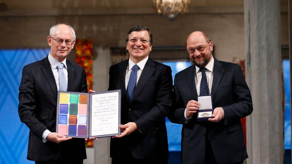 EU-Politiker Van Rompuy, Barroso und Schulz: Freude über Nobelpreis