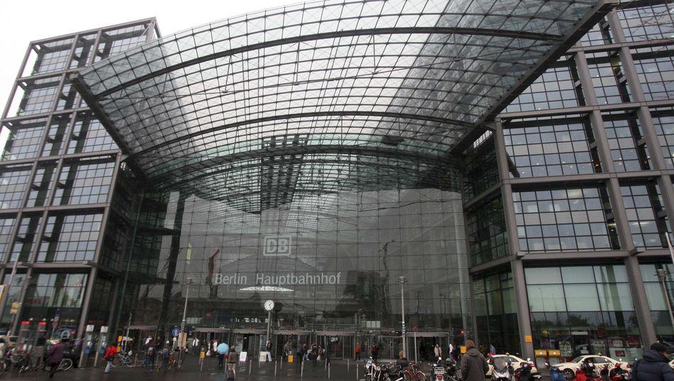 Berliner Hauptbahnhof: Reisende sollten sich auf Sperrungen einrichten