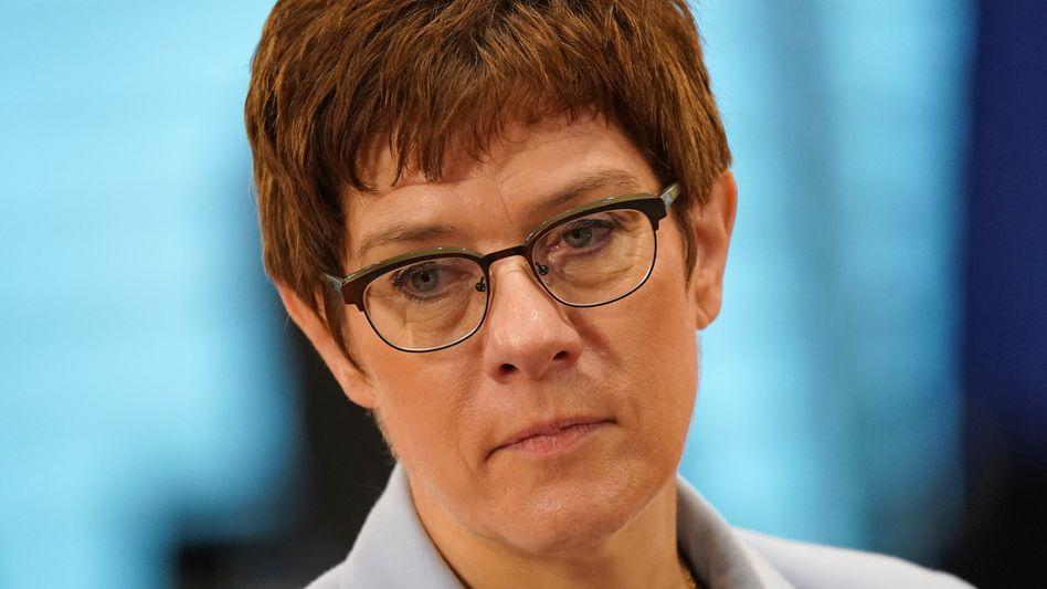 Verteidigungsministerin Kramp-Karrenbauer