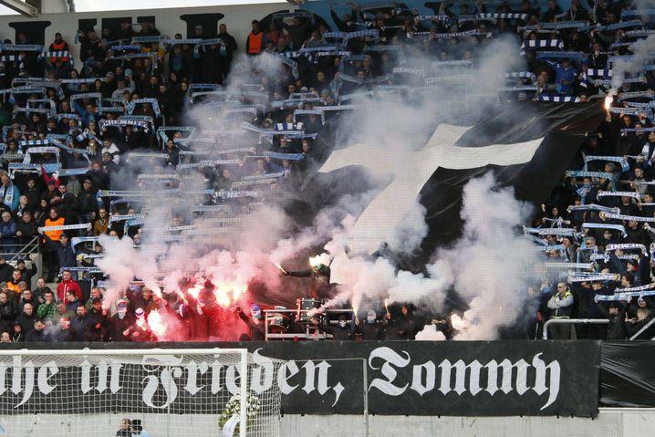 Fan-Choreografie im Stadion des Chemnitzer FC