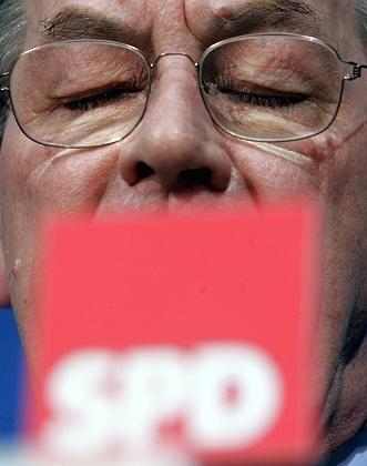 Müntefering am Abend im Willy-Brandt-Haus: Blockade auflösen