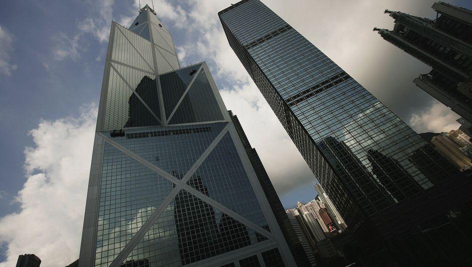 Bankentürme in Hongkong: Schulden explodieren weltweit