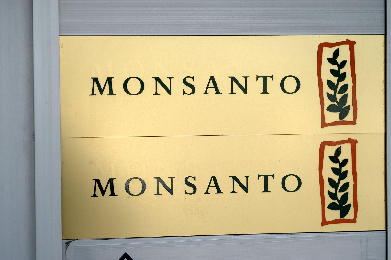 Firmenschild Monsanto