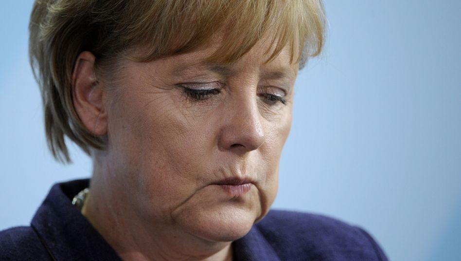 Kanzlerin Merkel: Schlechtester Wert seit dreieinhalb Jahren