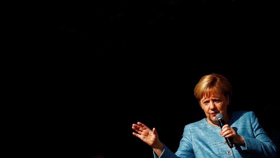 Angela Merkel beim Tag der offenen Tür der Bundesregierung (am 26. August)