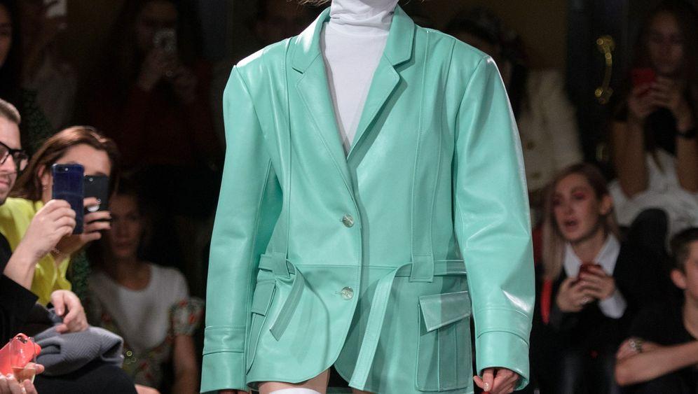 Mode aus Russland: Mehr als Pelz und Logos
