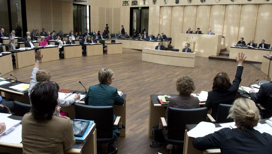 Abstimmung im Bundesrat: Bald unterschiedliche Steuersätze in den Ländern?