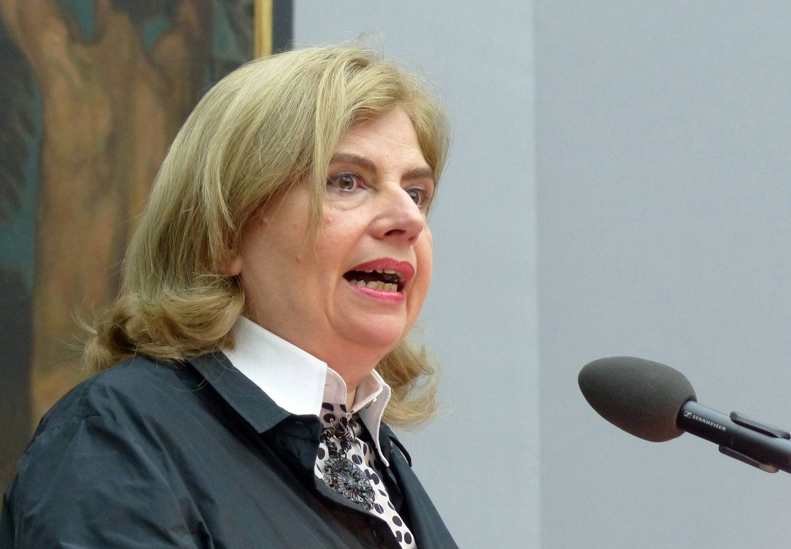 EINMALIGE VERWENDUNG Sibylle Lewitscharoff