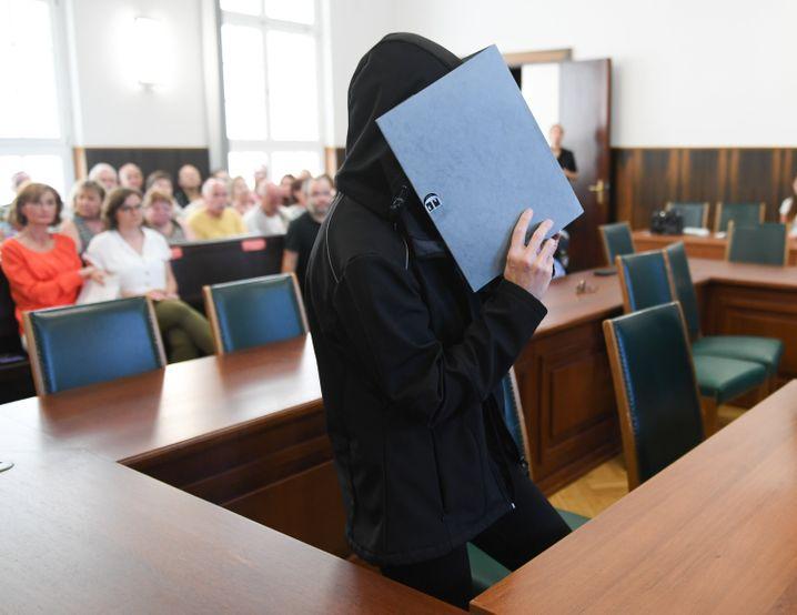 Zwölf Jahre Haft wegen Beihilfe zum Mord: Die 47-jährige Mutter am Tag der Urteilsverkündung vor dem Landgericht Darmstadt.
