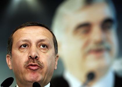 """Erdogan (gestern im Libanon): """"Ich schätze eher Politiker mit Rückgrat"""""""