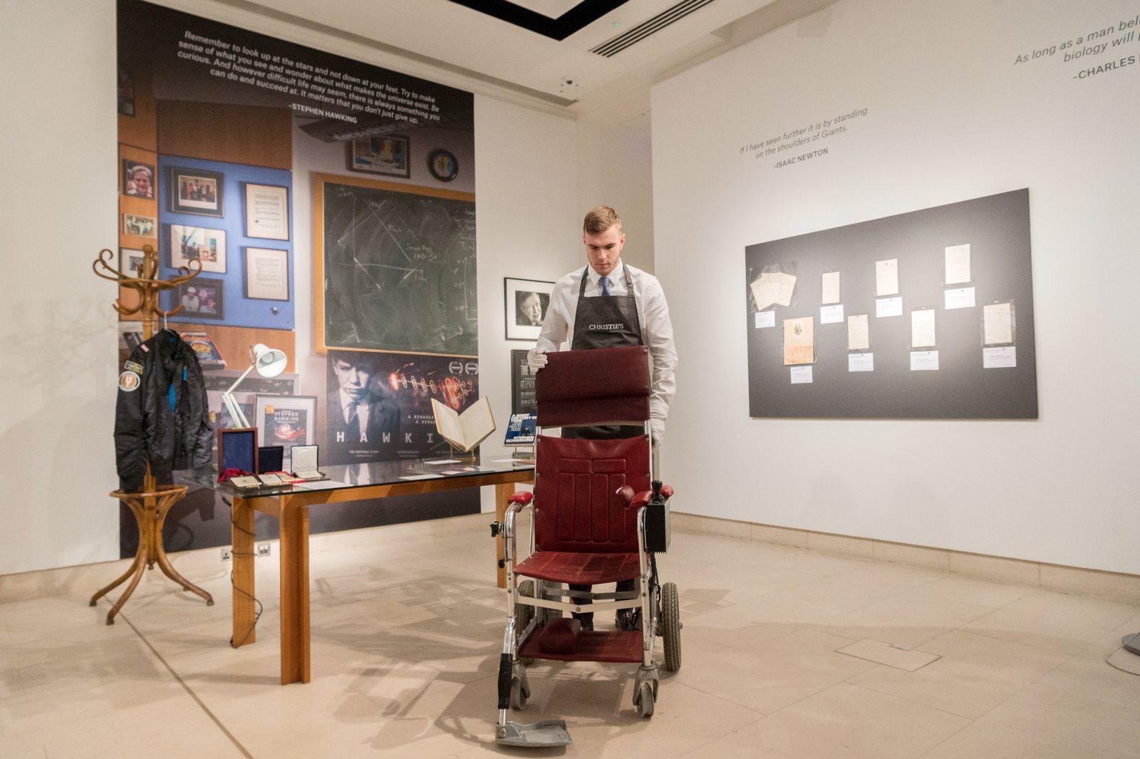 Stephen Hawkings Nachlass im Auktionshaus Christies