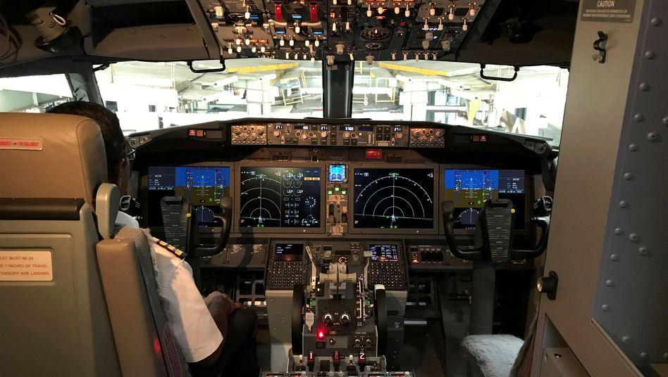 Blick in das Cockpit einer Boeing 737 Max (Bild aus dem Juni 2018)