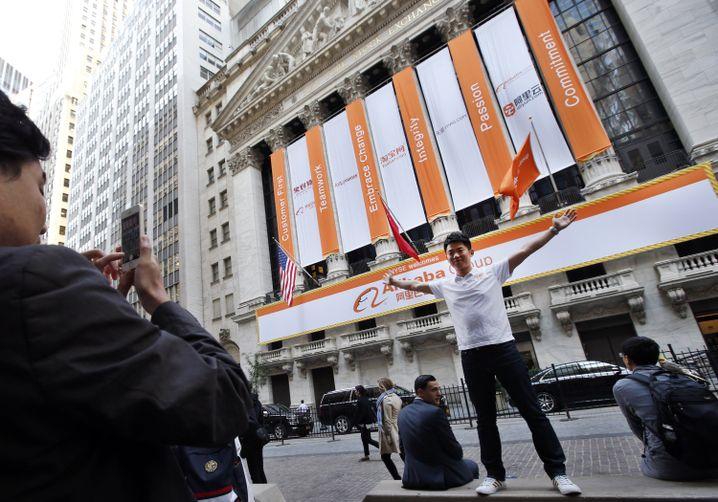 """Der Chinese Jiang Nan posiert vor der NYS: """"Ich fühle mich extrem prächtig"""""""