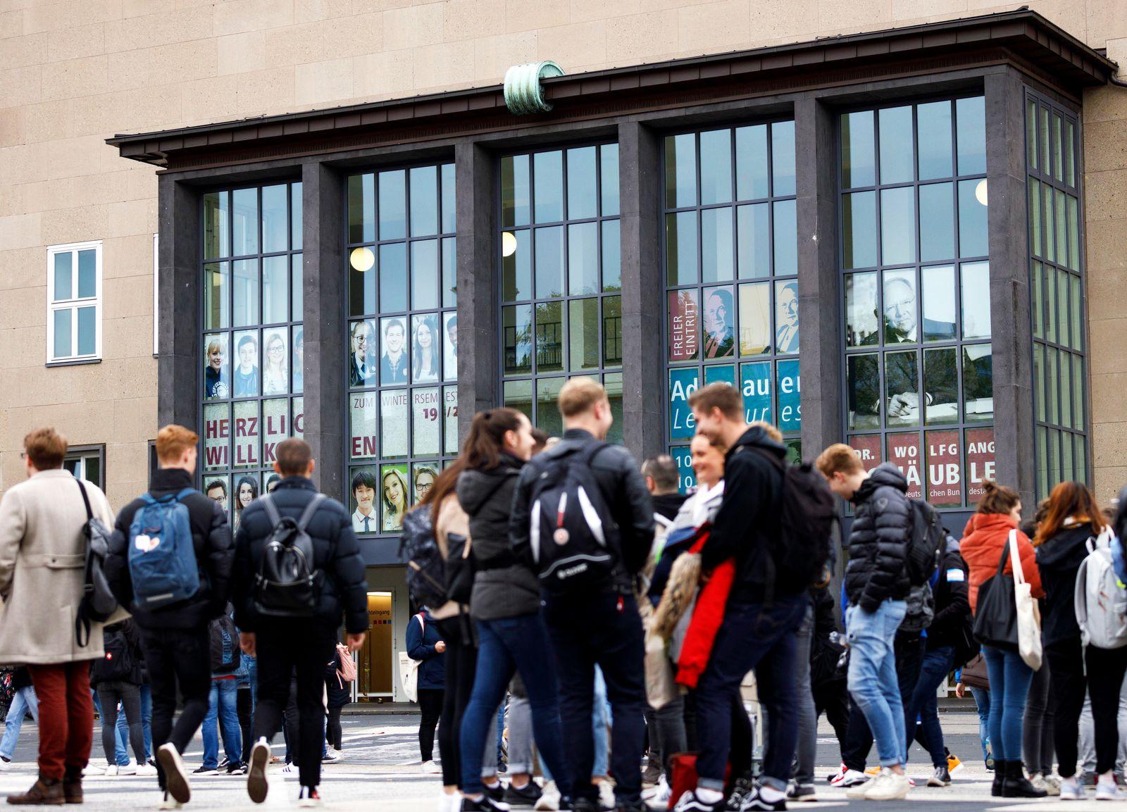 Erstsemester-Begr¸?ung an der Universit?t zu K?ln. K?ln, 07.10.2019 *** First semester welcome at the University of Col