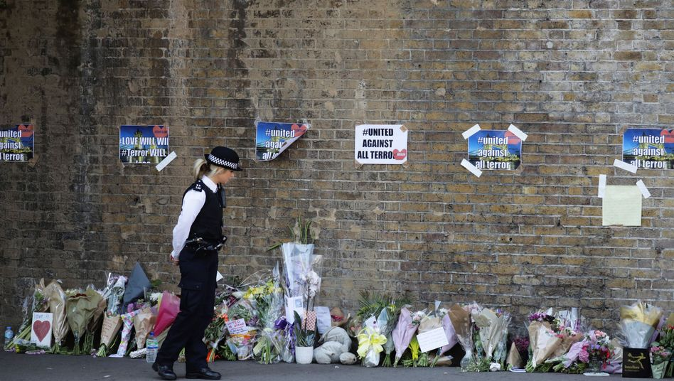 Polizisten in Finsbury Park