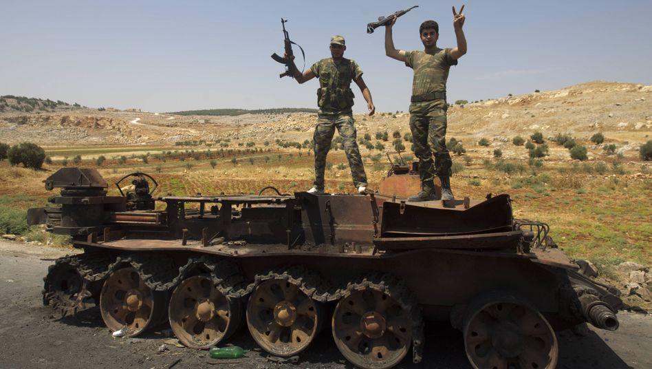 Aufständische Kämpfer in Syrien: Heimliche Hilfe von der CIA?