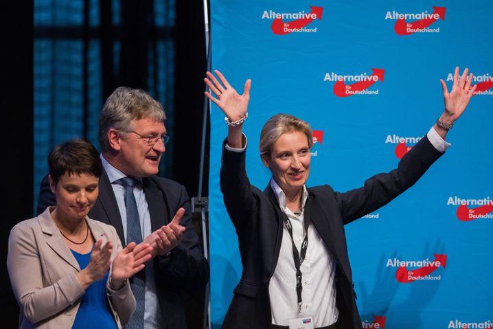 Einstige Parteifreunde Petry, Meuthen, Weidel auf dem AfD-Parteitag im April 2017