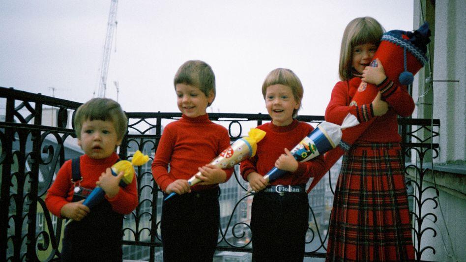Schulkinder in den Siebziger Jahren