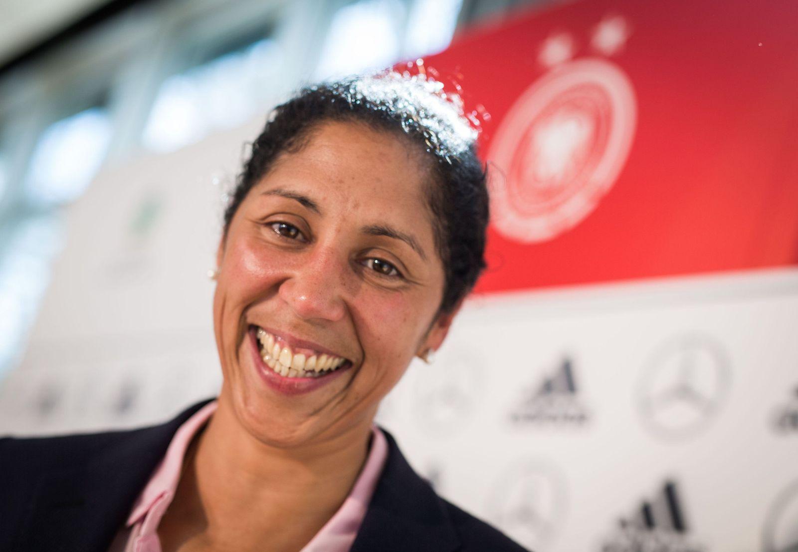 DFB-Pk zu Frauen-WM 2015