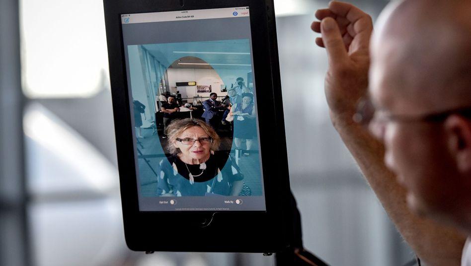Gesichtserkennung am Flughafen Dulles