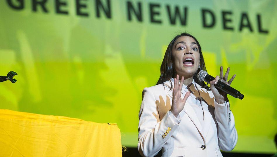 Alexandria Ocasio-Cortez bei einem Auftritt an der Howard University in Washington
