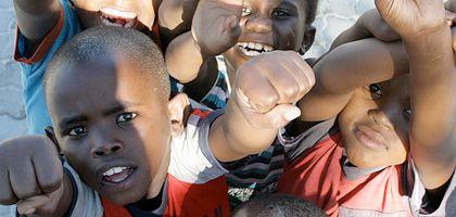 Südafrika: Kinder im Township Kayamandi