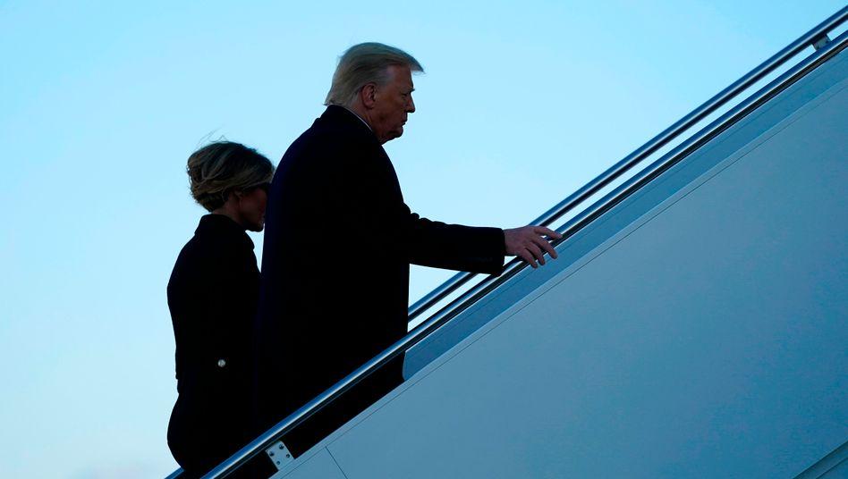 Donald Trump und seine Frau Melania beim Abflug aus Washington am vergangenen Mittwoch