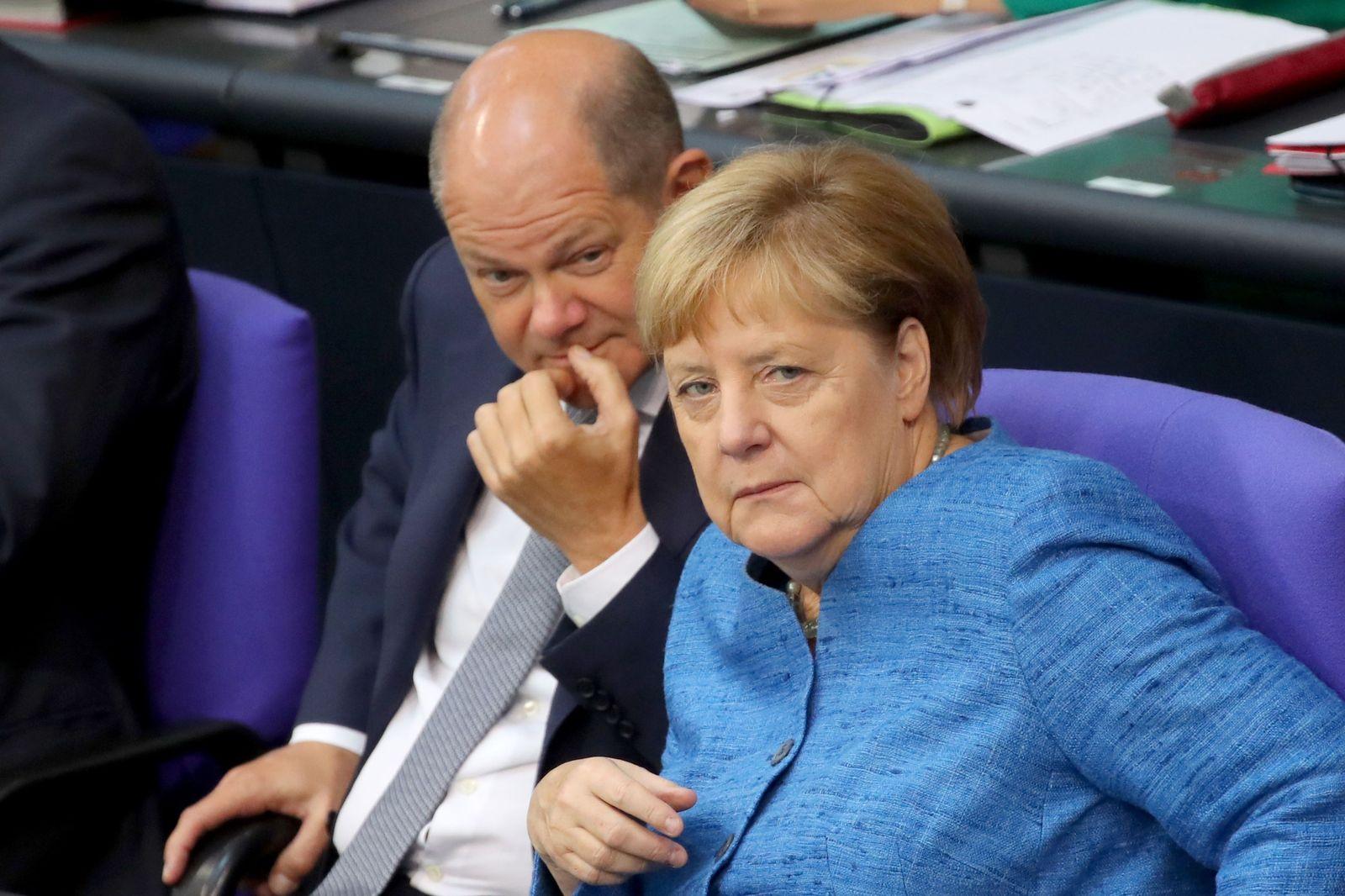 EINMALIGE VERWENDUNG SP 39/2019 S. 41 Koalitionspartner Scholz, Merkel