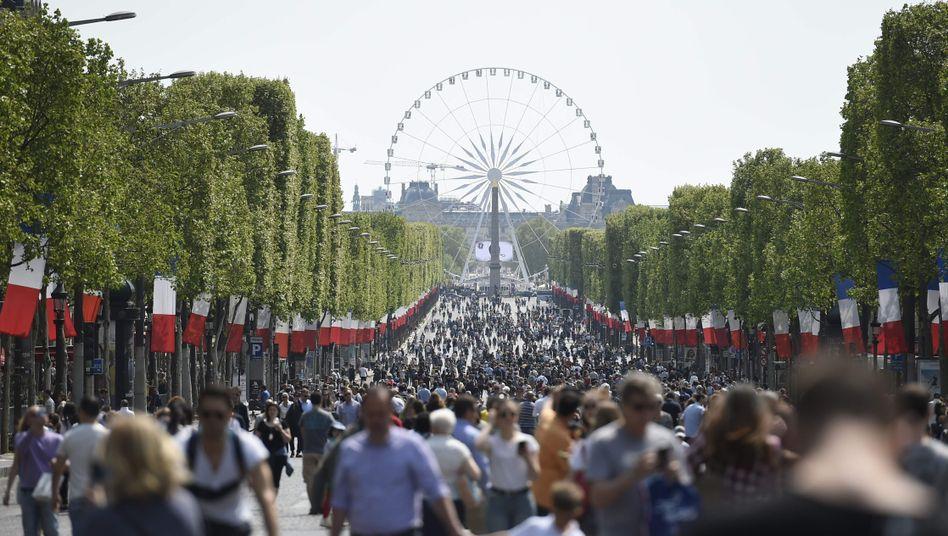 Die Champs-Élysées in Paris