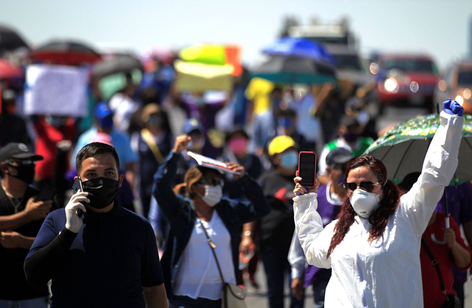Dozens of textile workers take part in a protest due the announce of oppening the factories during the coronavirus crisi