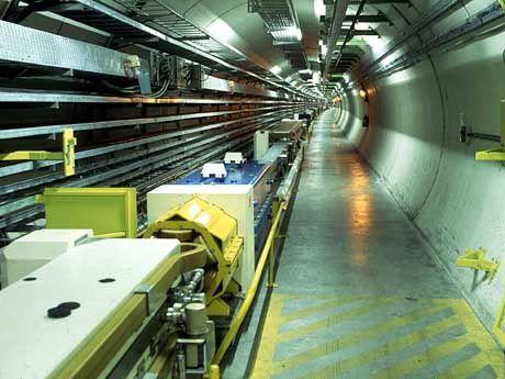 """Teilchenbeschleuniger am Forschungsinstitut CERN: """"Das klingt sehr spekulativ"""""""