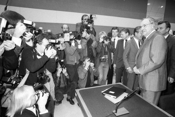 Bundeskanzler Helmut Kohl vor dem Untersuchungsausschuss zur Flick-Affäre (1984): Kohl brauchte, Kanter besorgte »Bimbes«