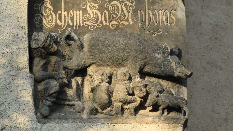 """""""Judensau""""-Relief an der Stadtkirche in Wittenberg: Ertragbar, weil historisch?"""