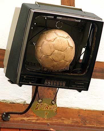 """Problemfall Fernseh-Fußball: """"Es gibt keine Garantien für irgendetwas"""""""