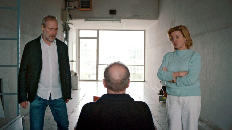 Der Mörder, der sich selbst angeklagt: Brix und Janneke im Verhör mit ihrem Kollegen