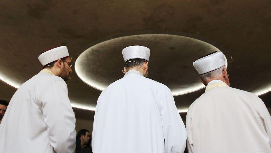 Imame in einer Kölner Moschee