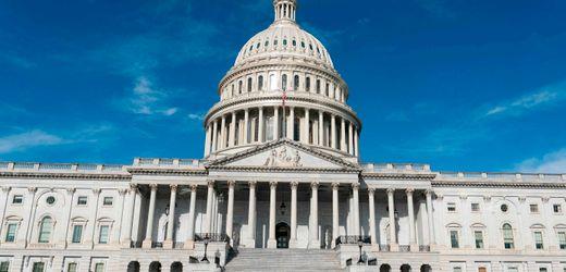 Corona-Krise: US-Repräsentantenhaus billigt Hilfspaket