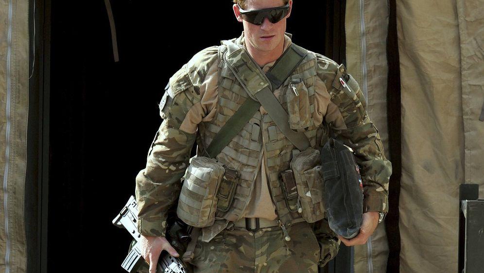 Photo Gallery: Harry in Afghanistan