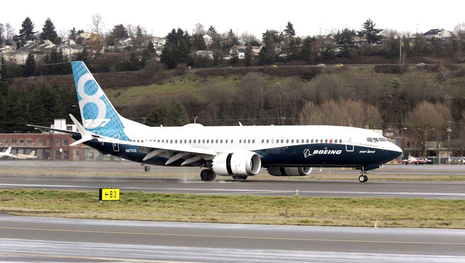 Eine Boeing 737 Max 8 (bei der Rückkehr von einem Testflug in Seattle; Archivfoto)