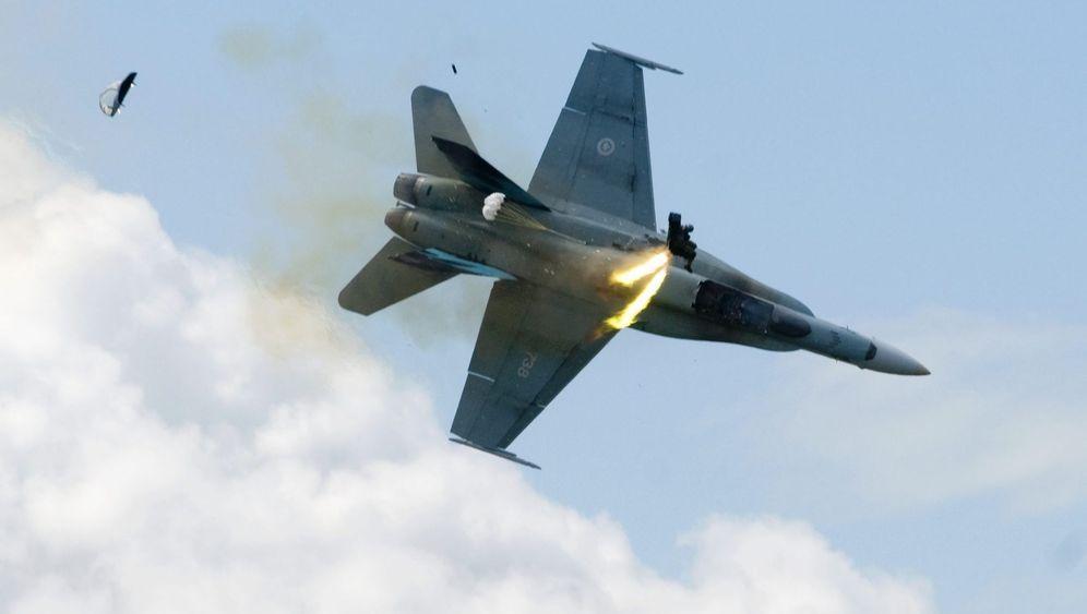 Kanada: Kampfpilot verliert Kontrolle über Bomber