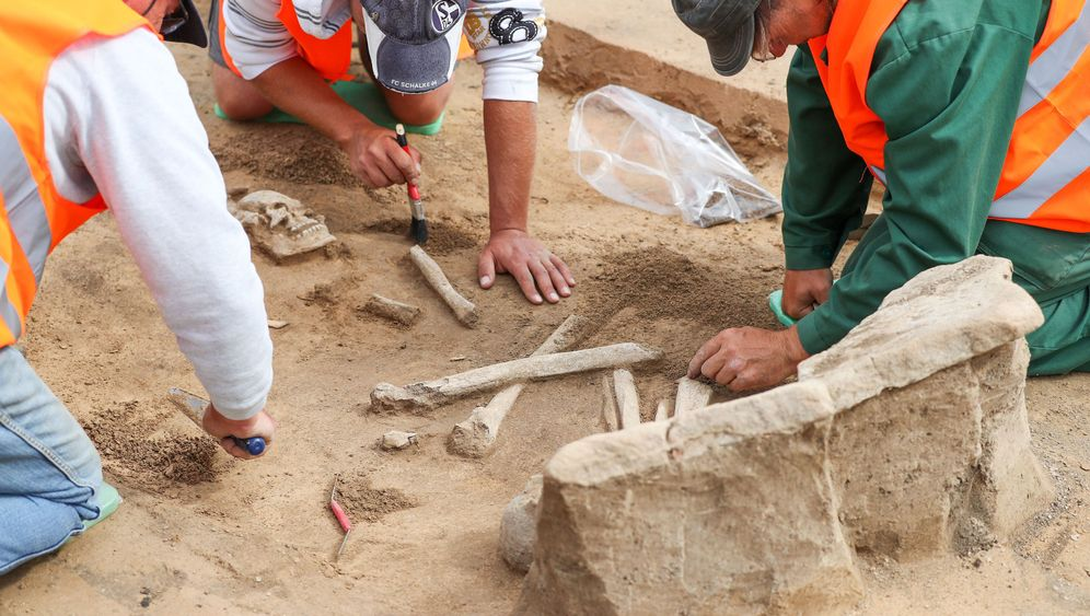 Jungsteinzeit: Gräber mit Grabstein