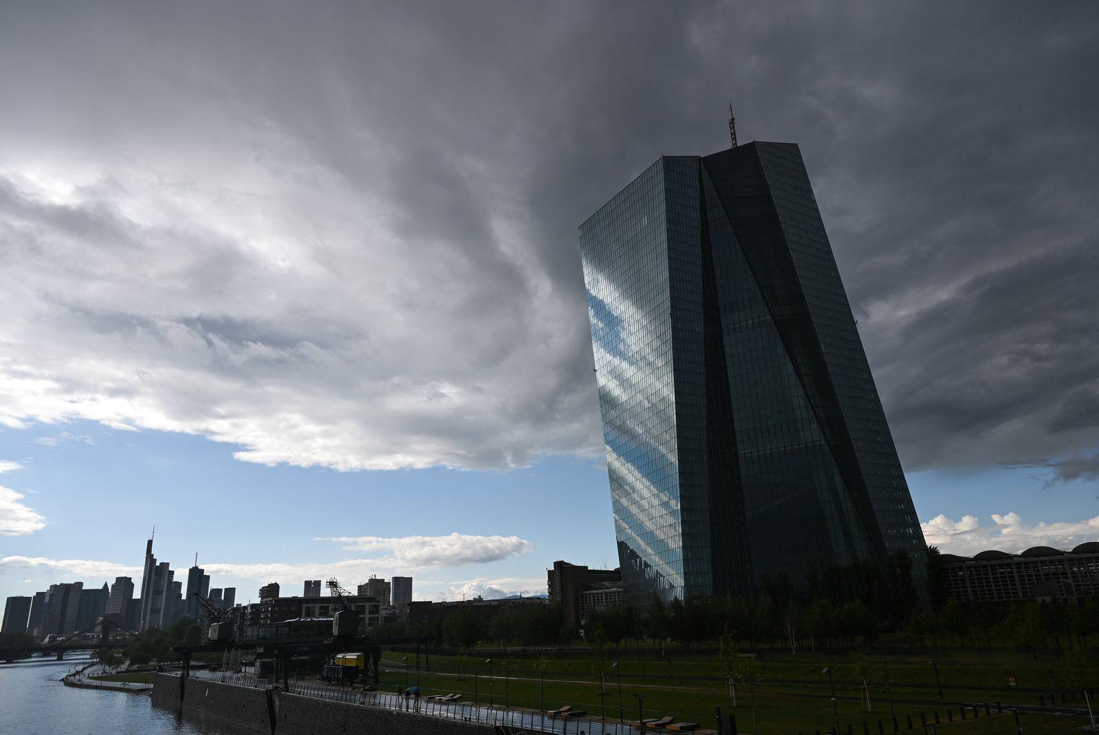 Regenwolken über der Europäischen Zentralbank