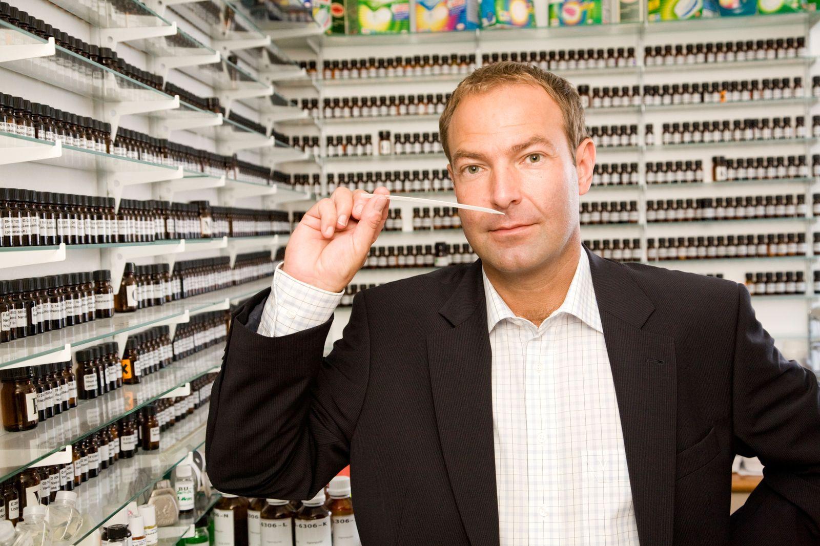 EINMALIGE VERWENDUNG KaSP Jobdoppel Geruch / Parfumeur Frank Rittler / 1
