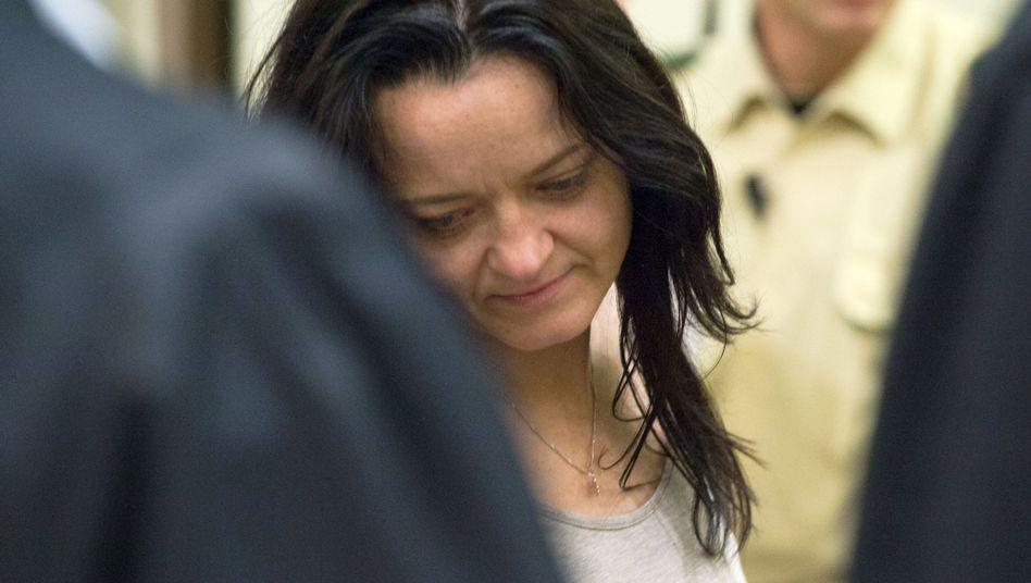 Angeklagte Beate Zschäpe: Keine Blicke auf Fotos der Opfer