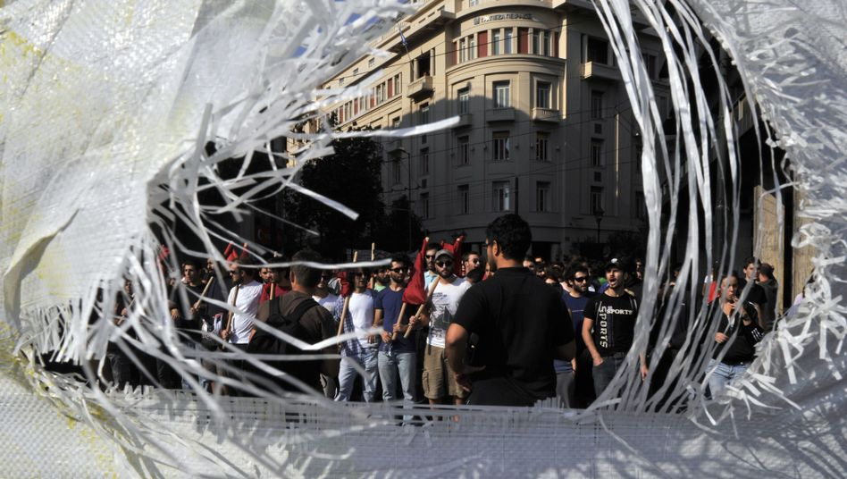 Studentendemo in Athen: Die Troika ist besorgt