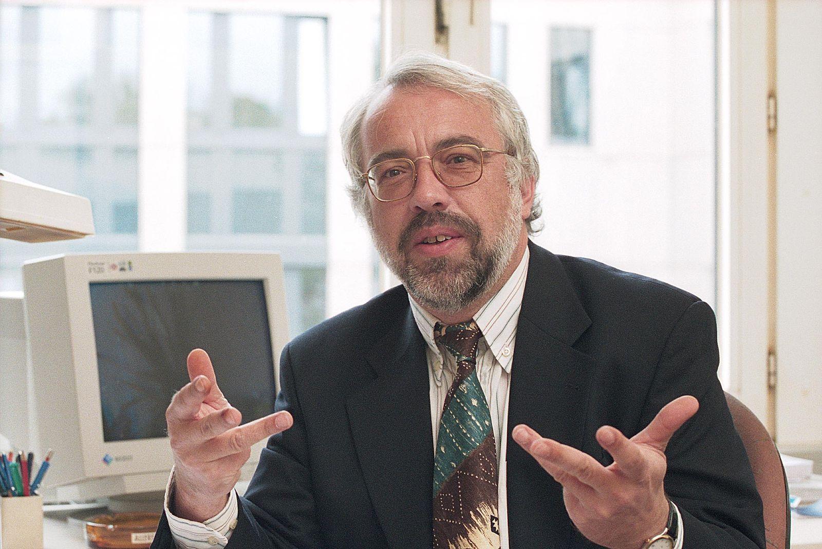EINMALIGE VERWENDUNG Karl Brenke