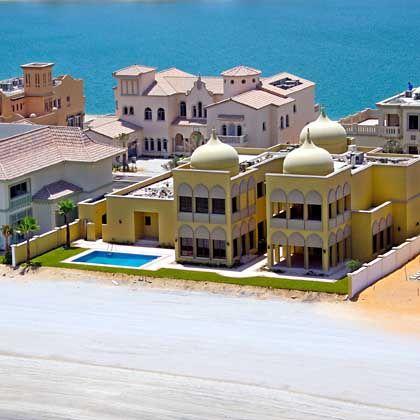 Villas at the Jumeira Palm Island in Dubai.